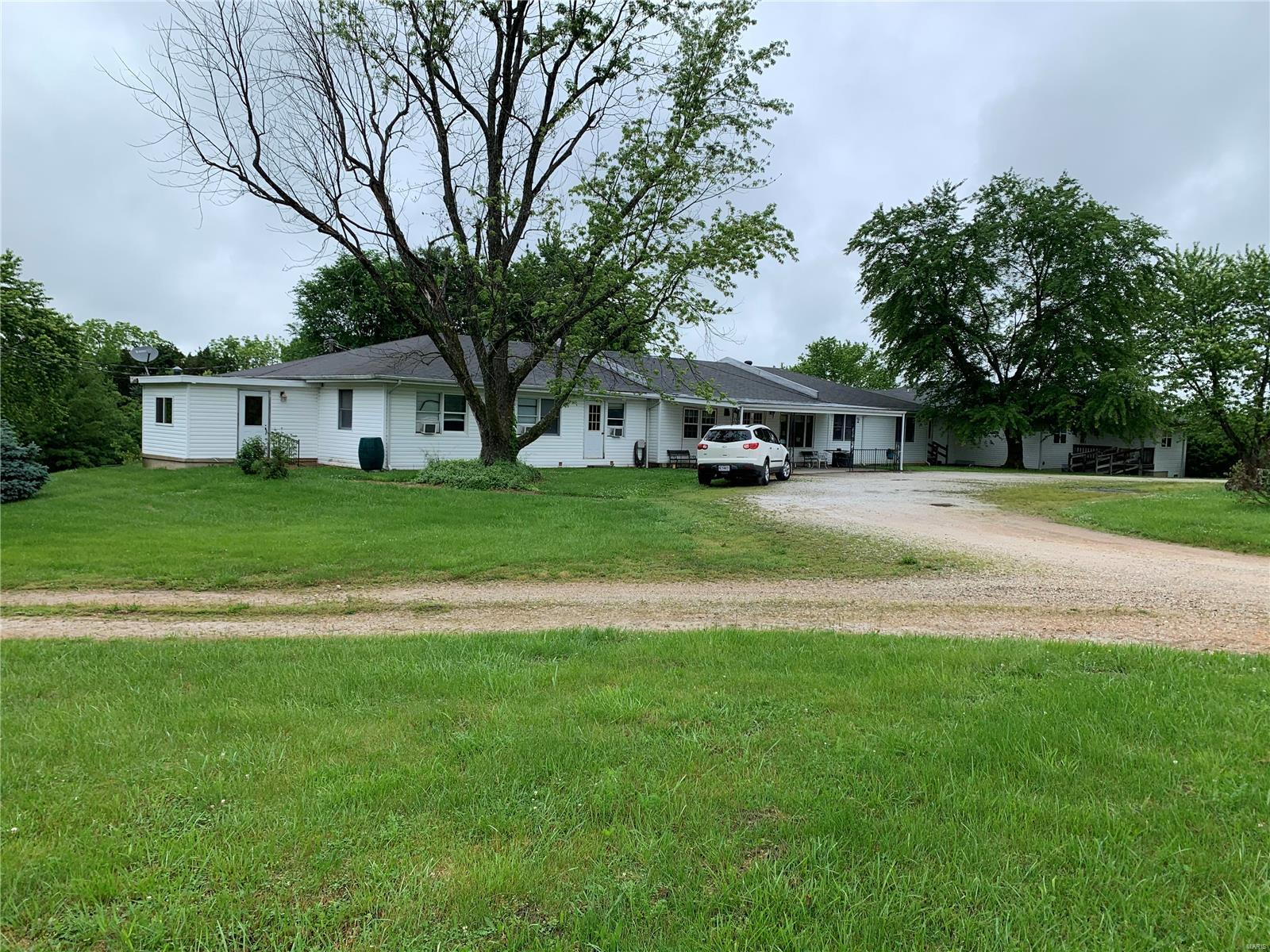 Commercial Sale for sale – 13635  State Route V   St James, MO