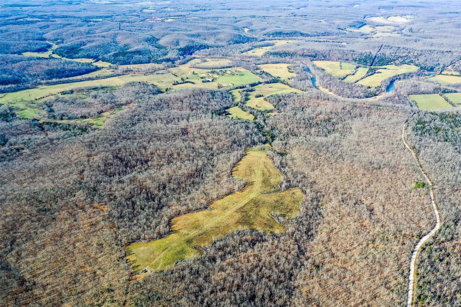 Farm for sale – 44  Cedar Ford   Steeleville, MO
