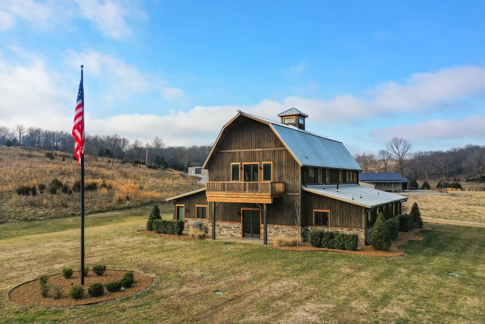 Farm for sale – 1687  Gilliam Hollow Rd   Dickson, TN
