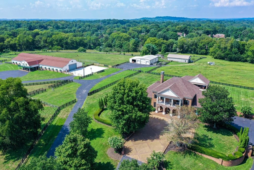 Residential for sale – 607  Sunnyside Ln   Columbia, TN