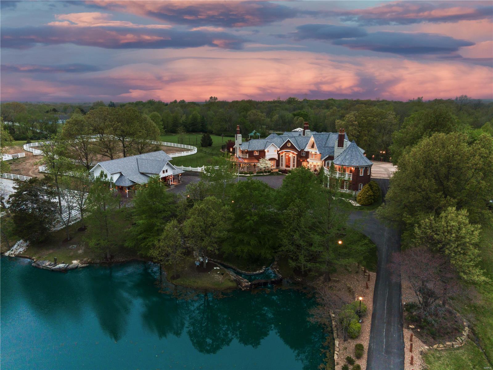 Residential for sale – 7  Hillside   Wentzville, MO