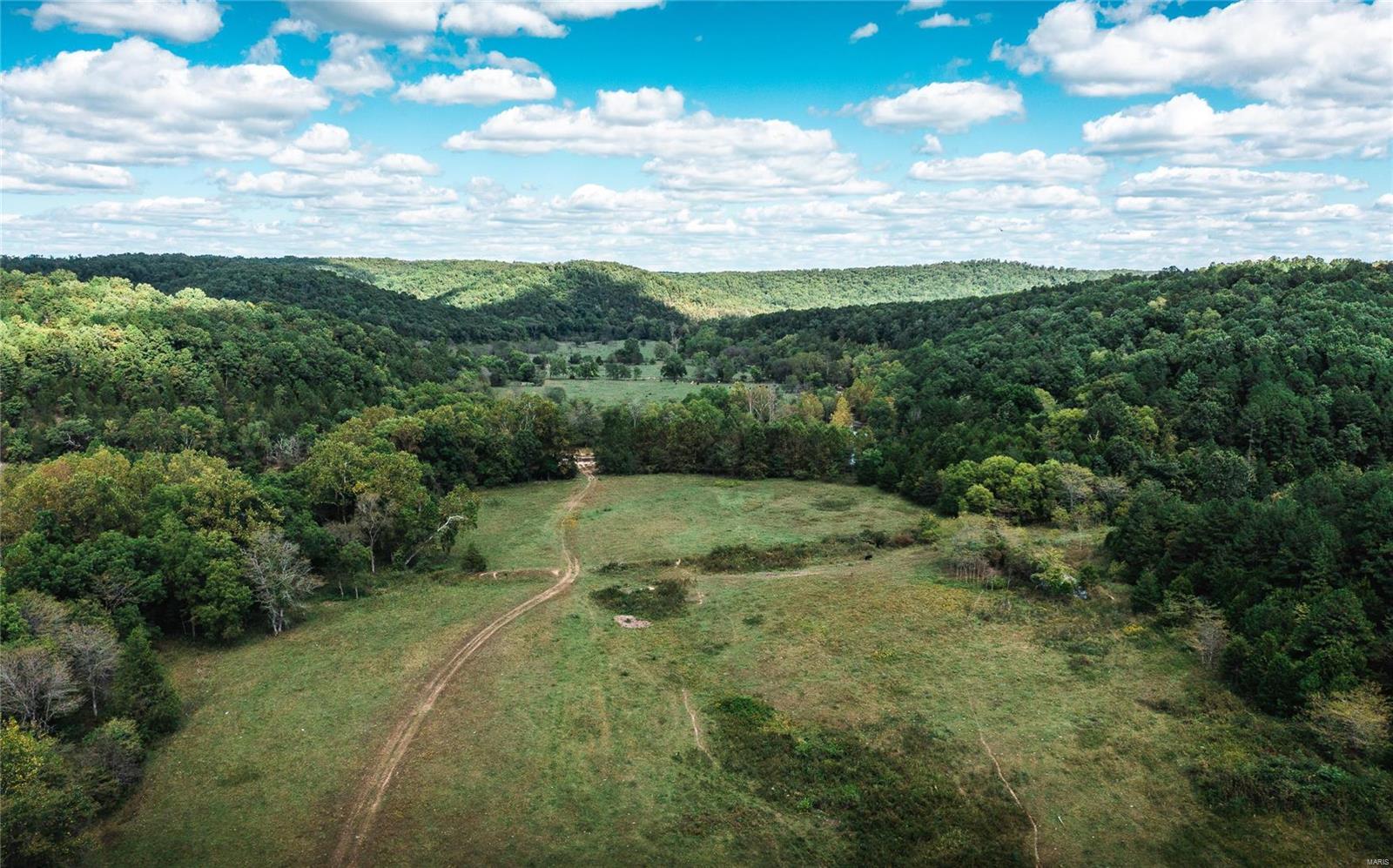 Farm for sale – 1124  County Road 6633   Salem, MO