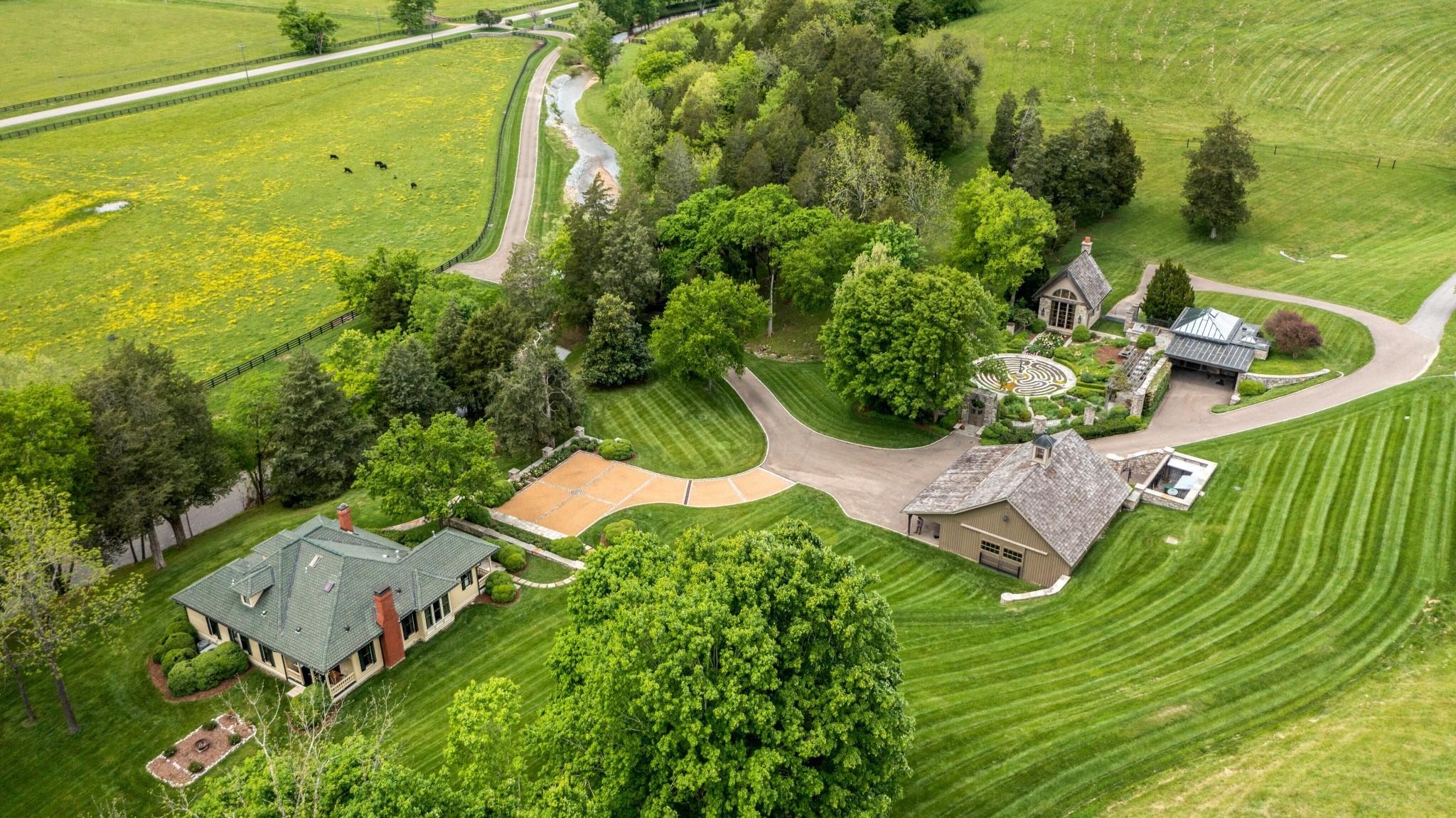 Farm for sale – 5476  Leipers Creek Rd   Franklin, TN